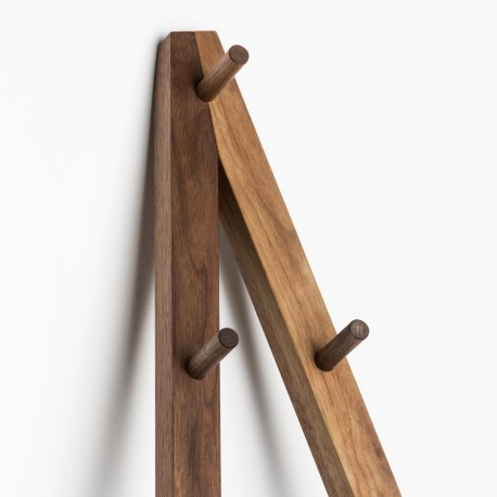 Coatstand 02 with shelf