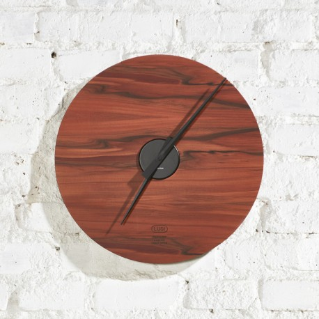 KOLO clock - indian apple